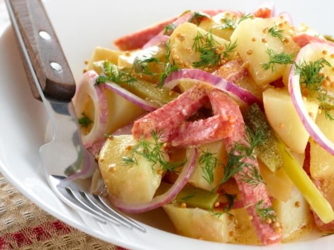 немецкий горячий картофельный салат