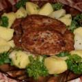 Котлеты из рыбных консервов и картофеля