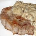 свинина в грибном соусе