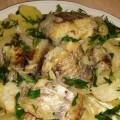 тушеная рыба с картофелем