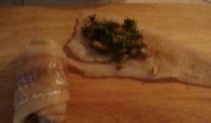 рулеты из рыбы с грибами_приготовление