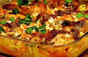 курица с чесноком на рисовой подушке_рецепт